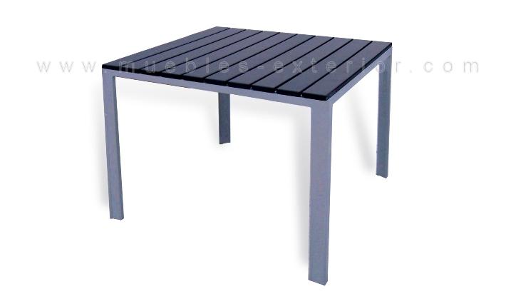 Mesa de exterior 80 x 80cm for Muebles de resina para exterior