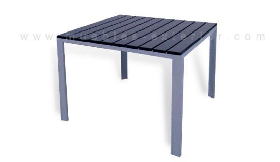 Mesas de jard n mesas de exterior a precios baratos for Mesas de resina para jardin