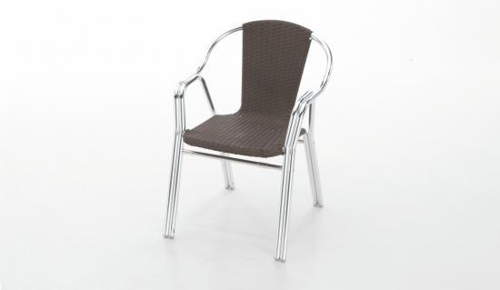 Sillas de exterior y terraza for Mesas y sillas de terraza baratas