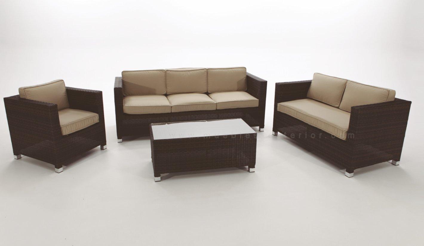 Sof s de jard n madri for Conjunto de sofas para exterior
