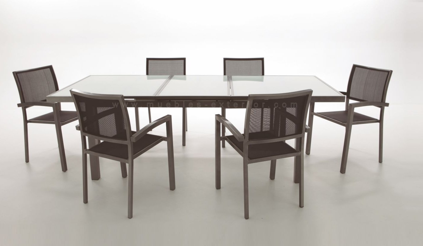 Conjunto de sillas y mesas de exterior de textilene for Mesas y sillas para terraza