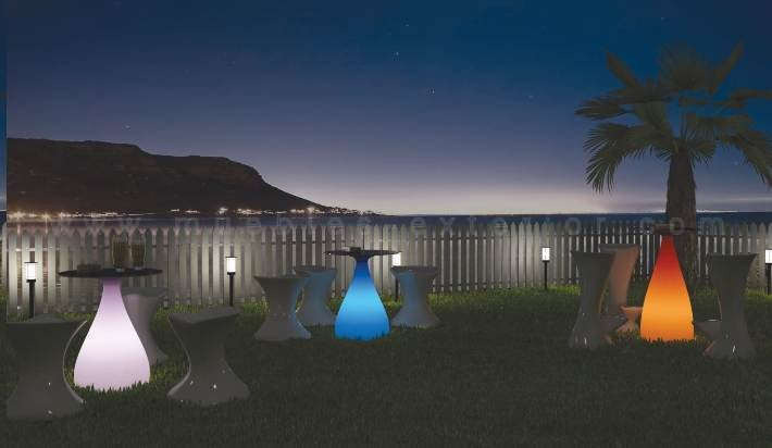 Muebles con luz sof s de exterior resina for Muebles de jardin de resina de equilibrio
