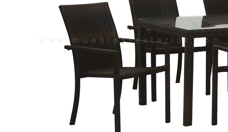 Sillas y mesas colecci n badajoz for Sillas para terraza exterior