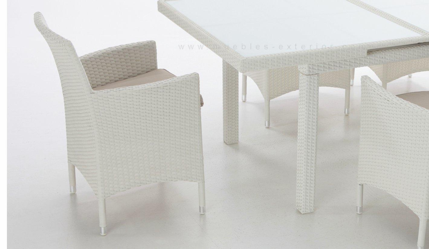 Muebles de jard n seville sillas y mesas for Comprar muebles exterior