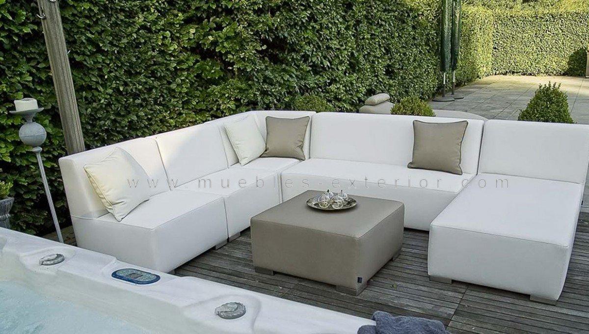 Mesa exterior impermeable 78x78 for Muebles de exterior economicos