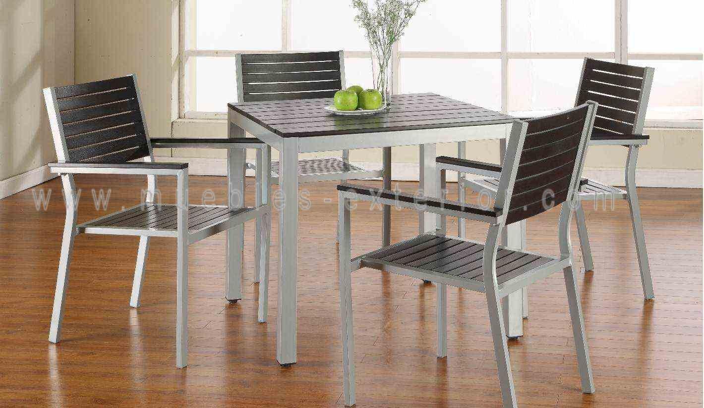 Mesa de exterior 80 x 80cm - Muebles de resina para exterior ...