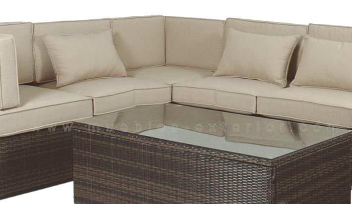 Mesa exterior de centro madrid for Muebles para terraza exterior
