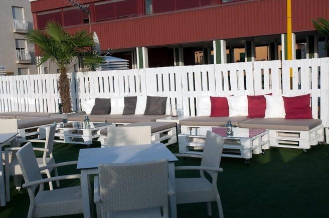 muebles terraza en aranda del rey