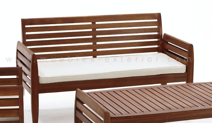 Muebles terraza madera sofs hechos con palets para jardn for Muebles terraza exterior